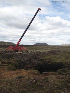 295-mini-crane-at-cave-opening