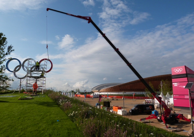 A URW-1006 helped install Olympic Rings in Olympic Park, London