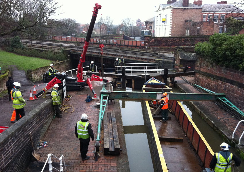 This URW-376 helped with canal maintenance work with this steel gantry