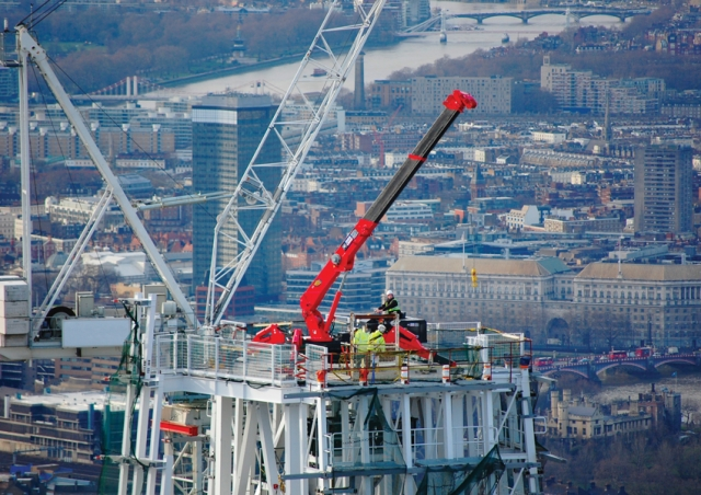 One of our URW-706 mini spider cranes helped glaze The Shard from the very top