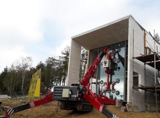 UNIC Crane Big Glass Lift